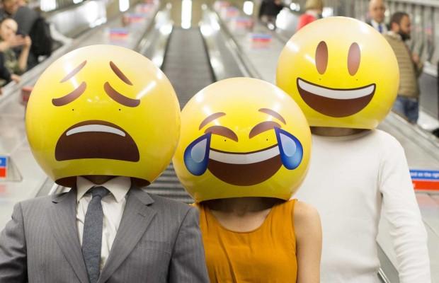 10 Emojis De Whatsapp Cuyo Significado Real Te Asombrará