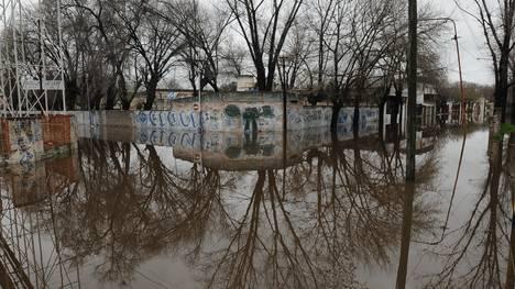 situacion-inundados-Lujan-Maxi-Failla_CLAIMA20150810_0160_18