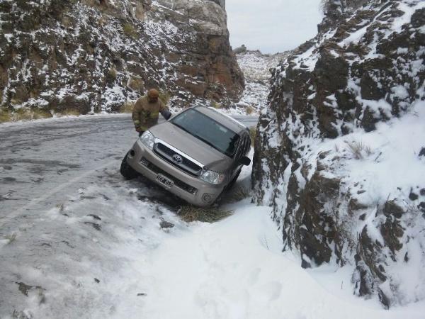 nieve_rescate_camino_del_filo.jpg_88188414