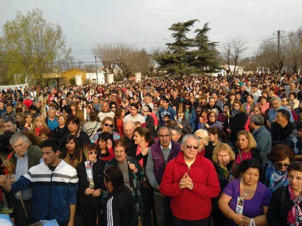 En Villa Mercedes, más de 8000 personas le pidieron al Santo del Trabajo.