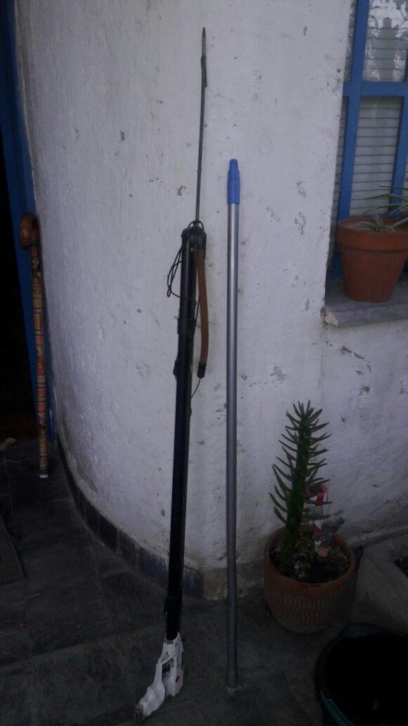 El arpón que la policía secuestró en el domicilio de Scarpati.