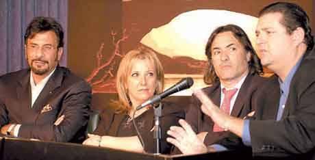 """Jorge """"Corcho"""" Rodríguez y Liliana Bartolucci comunicaban el atroz acto de corrupción."""